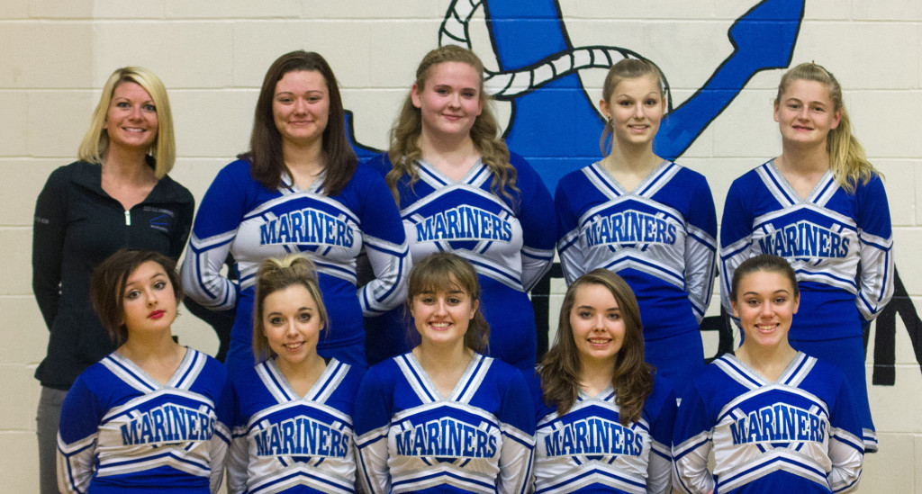 Mariner 2015-16 cheering team
