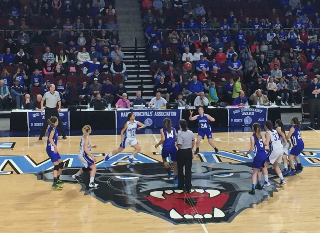 The Deer Isle-Stonington Mariners tip off against the Easton Bears in the Class D quarterfinal at the Cross Center in Bangor on February 20. Photo by Leslie Rice