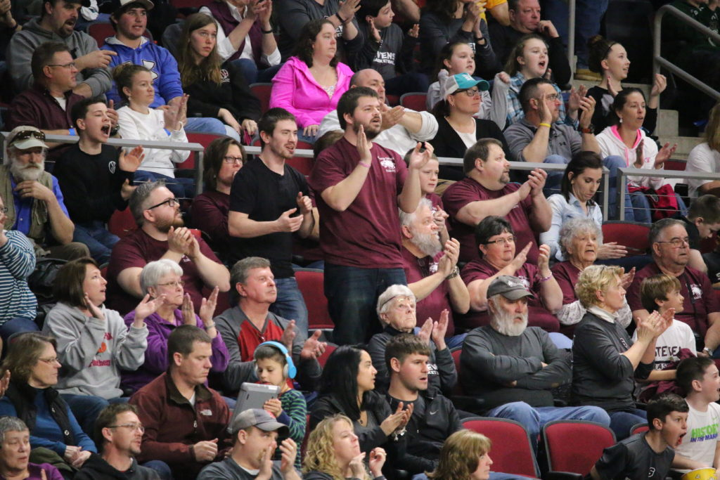 Eagle fans react. Photo by Anne Berleant
